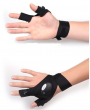 Fishing gloves with light - left hand box packing